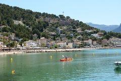 Η μαρίνα και οι τουρίστες που οι διακοπές τους Port de Soller στοκ εικόνες