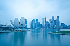 η μαρίνα κόλπων στρώνει με άμμο την προκυμαία Σινγκαπούρης Στοκ φωτογραφίες με δικαίωμα ελεύθερης χρήσης