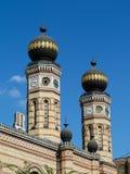 Η μεγάλη συναγωγή με εξωτερικές λεπτομέρειες της Βουδαπέστης στοκ φωτογραφία