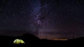 Η μετακίνηση των αστεριών στο νυχτερινό ουρανό απόθεμα βίντεο