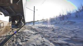 Η μετακίνηση των τραίνων στο σιδηρόδρομο στον υπερσιβηρικό απόθεμα βίντεο