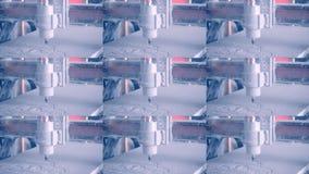 Η μηχανή άλεσης χαράζει τη μορφή σε μια άσπρη κινηματογράφηση σε πρώτο πλάνο επιφάνειας φιλμ μικρού μήκους