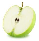 Η μισή από την πράσινη Apple που απομονώνεται στο άσπρο υπόβαθρο Στοκ Φωτογραφίες