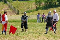 Η μονομαχία δύο ιπποτών Στοκ φωτογραφίες με δικαίωμα ελεύθερης χρήσης
