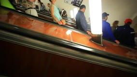 Η ΜΟΣΧΑ, ΡΩΣΙΑ, στις 13 Αυγούστου 2014, κυλιόμενη σκάλα φέρνει φιλμ μικρού μήκους