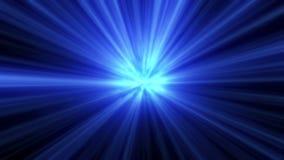 Η μπλε λάμψη έκρηξης ανάβει τον οπτικό φακό απόθεμα βίντεο