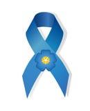 Η μπλε κορδέλλα συνειδητοποίησης και με ανθίζει ξεχνώ- Στοκ Εικόνες