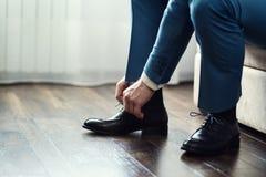 Η μόδα ατόμων, εξαρτήματα ατόμων ` s, επιχειρηματίας ντύνει τα παπούτσια, Politi Στοκ Εικόνες