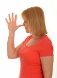 Η μύτη γυναικών επιπλήττει τη χειρονομία Στοκ εικόνα με δικαίωμα ελεύθερης χρήσης