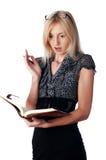 Η νέα γοητευτική επιχειρησιακή γυναίκα στοκ φωτογραφία με δικαίωμα ελεύθερης χρήσης
