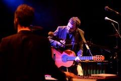 Η νέα ισπανική ζώνη Raemon στη συναυλία στη σκηνή Apolo Στοκ Εικόνες