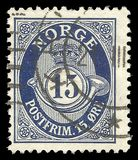 Η Νορβηγία, τυποποιημένη έκδοση, παρουσιάζει Posthorn NORGE στα ρωμαϊκά κεφάλαια στοκ φωτογραφίες με δικαίωμα ελεύθερης χρήσης