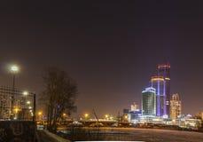 Η νύχτα ανάβει την πόλη Στοκ εικόνα με δικαίωμα ελεύθερης χρήσης