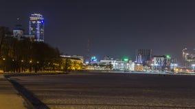 Η νύχτα ανάβει την πόλη Στοκ Φωτογραφία