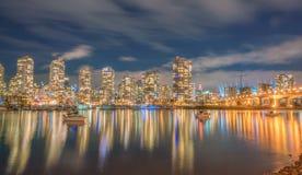 Η νύχτα πόλεων άποψη-yaletown-βλέπει το Βανκούβερ στοκ εικόνα με δικαίωμα ελεύθερης χρήσης