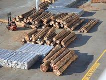 Η ξυλεία συνδέεται την αποβάθρα Στοκ Εικόνα
