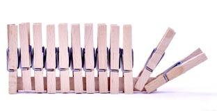 Η ξύλινη καρφίτσα ενδυμάτων έτοιμη για πωλεί Στοκ Εικόνες