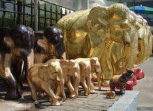 Η ξύλινη τέχνη ελεφάντων Στοκ φωτογραφία με δικαίωμα ελεύθερης χρήσης