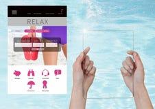 Η οθόνη γυαλιού εκμετάλλευσης χεριών χαλαρώνει App σπασιμάτων διακοπών τη διεπαφή με το νερό Στοκ φωτογραφία με δικαίωμα ελεύθερης χρήσης