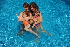 η οικογένεια τέσσερα συ Στοκ Εικόνες