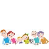 Η οικογένεια τρίτης γενιάς αγκαλιάζει στοργικά επάνω ελεύθερη απεικόνιση δικαιώματος