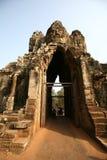 Η οικοδόμηση των ναών Angkor--Είσοδος Angkor Thom, Καμπότζη Στοκ εικόνες με δικαίωμα ελεύθερης χρήσης