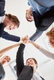 Η ομάδα ξεκινήματος γιορτάζει την επιτυχία Στοκ Εικόνες