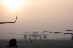 Η ομίχλη στον αερολιμένα Στοκ φωτογραφία με δικαίωμα ελεύθερης χρήσης