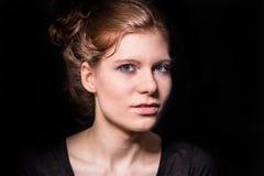 η ομορφιά καλύτερη μετατρέπει την ποιότητα κοριτσιών ακατέργαστη Στοκ Εικόνες
