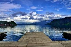 Η ομορφιά της λίμνης Στοκ Εικόνες