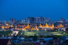 Η ομορφιά της τοπ άποψης ο σμαραγδένιος ναός του Βούδα τη νύχτα, Bangk στοκ εικόνες με δικαίωμα ελεύθερης χρήσης