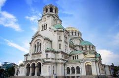 Η ορθόδοξη εκκλησία καθεδρικών ναών του Αλεξάνδρου Nevsky στο μπλε ρόδινο ηλιοβασίλεμα, στην κύρια Sofia, Βουλγαρία Στοκ εικόνα με δικαίωμα ελεύθερης χρήσης