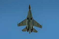 Η ουκρανική επίδειξη SU-27 κατά τη διάρκεια του αέρα του Ράντομ παρουσιάζει 2013 Στοκ Εικόνες