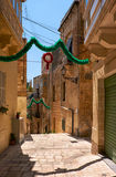 Η οδός του παλαιού κύριου Vittoriosa διακόσμησε για το holid Στοκ Εικόνες