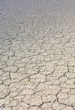 Η πίστα αγώνων Playa: Ξηρά λάσπη και ραγισμένο χώμα στο παιχνίδι πιστών αγώνων Στοκ εικόνες με δικαίωμα ελεύθερης χρήσης