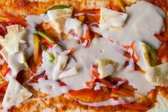 Η πίτσα είναι ένα ιταλικό εστιατόριο που είναι δημοφιλές σε όλο τον κόσμο που μαγειρεύεται από τους αρχιμάγειρες που είναι σε θέσ στοκ φωτογραφία με δικαίωμα ελεύθερης χρήσης