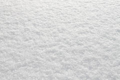 Η παγωμένη ημέρα έριξε το άσπρο λαμπιρίζοντας χιόνι Στοκ φωτογραφίες με δικαίωμα ελεύθερης χρήσης