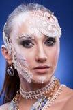 Η πανέμορφη γυναίκα με καλλιτεχνικό δημιουργικό αποτελεί Στοκ εικόνα με δικαίωμα ελεύθερης χρήσης