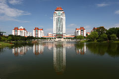 Η πανεπιστημιούπολη το πανεπιστήμιο στοκ φωτογραφία