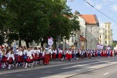 Η παρέλαση του εορτασμού 2011 τραγουδιού και χορού Στοκ φωτογραφίες με δικαίωμα ελεύθερης χρήσης