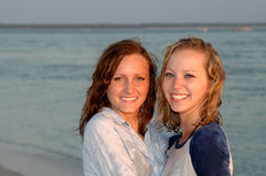 η παραλία αντιμετωπίζει τ&omic Στοκ φωτογραφίες με δικαίωμα ελεύθερης χρήσης