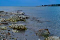 Η παραλία πριν από τη θύελλα Στοκ εικόνα με δικαίωμα ελεύθερης χρήσης