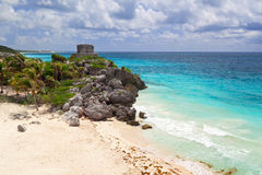 η παραλία mayan καταστρέφει το ναό Στοκ Εικόνες