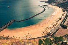 Η παραλία Las Teresitas στο Βορρά Santa cruz de Tenerife στο καναρίνι είναι Στοκ εικόνα με δικαίωμα ελεύθερης χρήσης