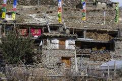 Η παραδοσιακή πέτρα χτίζει το χωριό Manang Βουνά στην ανασκόπηση Περιοχή Annapurna, Ιμαλάια, Νεπάλ Στοκ εικόνες με δικαίωμα ελεύθερης χρήσης