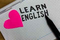 Η παρουσίαση σημαδιών κειμένων μαθαίνει τα αγγλικά Η εννοιολογική καθολική γλωσσική εύκολη επικοινωνία φωτογραφιών και καταλαβαίν στοκ φωτογραφία με δικαίωμα ελεύθερης χρήσης