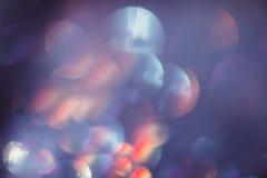 Η περίληψη που θολώνεται ακτινοβολία λάμπει, μπλε και κόκκινο Στοκ φωτογραφίες με δικαίωμα ελεύθερης χρήσης