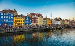 Η περιοχή Nyhavn είναι ένα από τα διασημότερα ορόσημα σε Copenhage Στοκ εικόνες με δικαίωμα ελεύθερης χρήσης