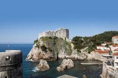 Η περιτοιχισμένη πόλη Dubrovnic στην Κροατία Ευρώπη Το Dubrovnik παρονομάζεται το μαργαριτάρι ` της Αδριατικής Στοκ φωτογραφίες με δικαίωμα ελεύθερης χρήσης