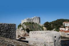 Η περιτοιχισμένη πόλη Dubrovnic στην Κροατία Ευρώπη Το Dubrovnik παρονομάζεται το μαργαριτάρι ` της Αδριατικής Στοκ εικόνα με δικαίωμα ελεύθερης χρήσης